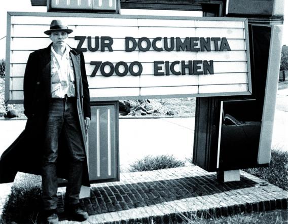 Joseph Beuys, 7000 eichen