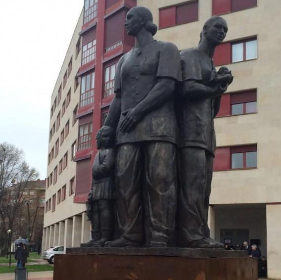 Monumento a las Enfermeras Riojanas, Alejandro Narvaiza